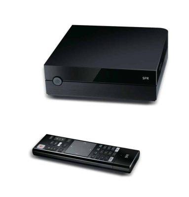 Décodeur TV de SFR avec Google Play (boîtier et télécommande)