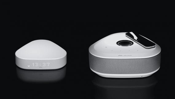 Free : nouvelle Freebox Delta avec télécommande tactile rechargeable par induction (crédit photo : Free)