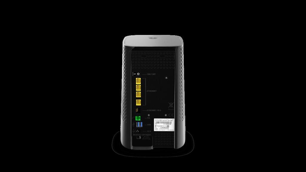 Bbox de Bouygues Télécom : nouvelle box fibre compatible Wi-Fi 6 (arrière)